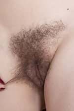 WeAreHairy Free Little Olive Thumbnail #7