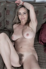 WeAreHairy Free Sarah Michaels